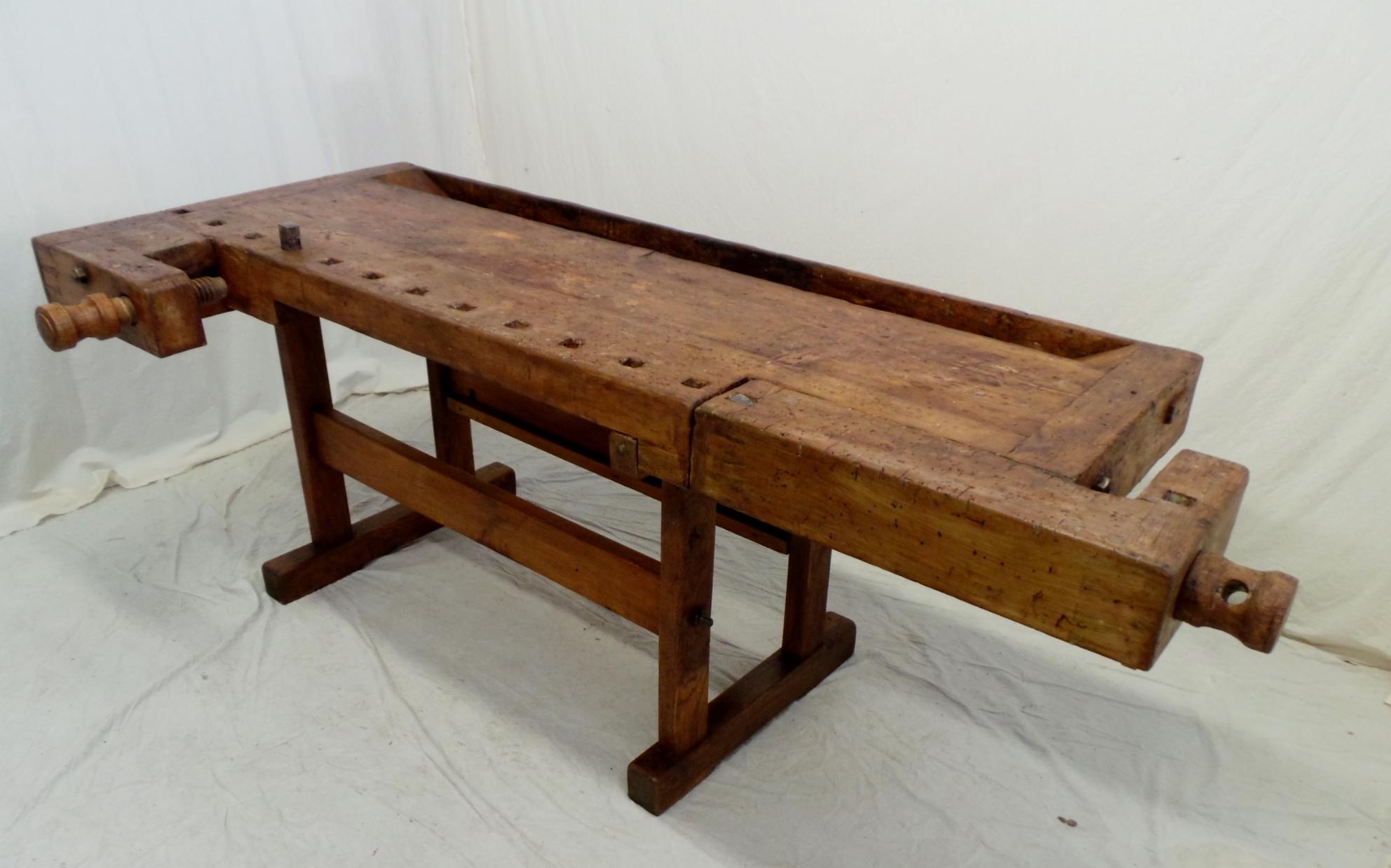 Vecchio banco da falegname viti e morse in legno piano - Tavolo da falegname vendita ...