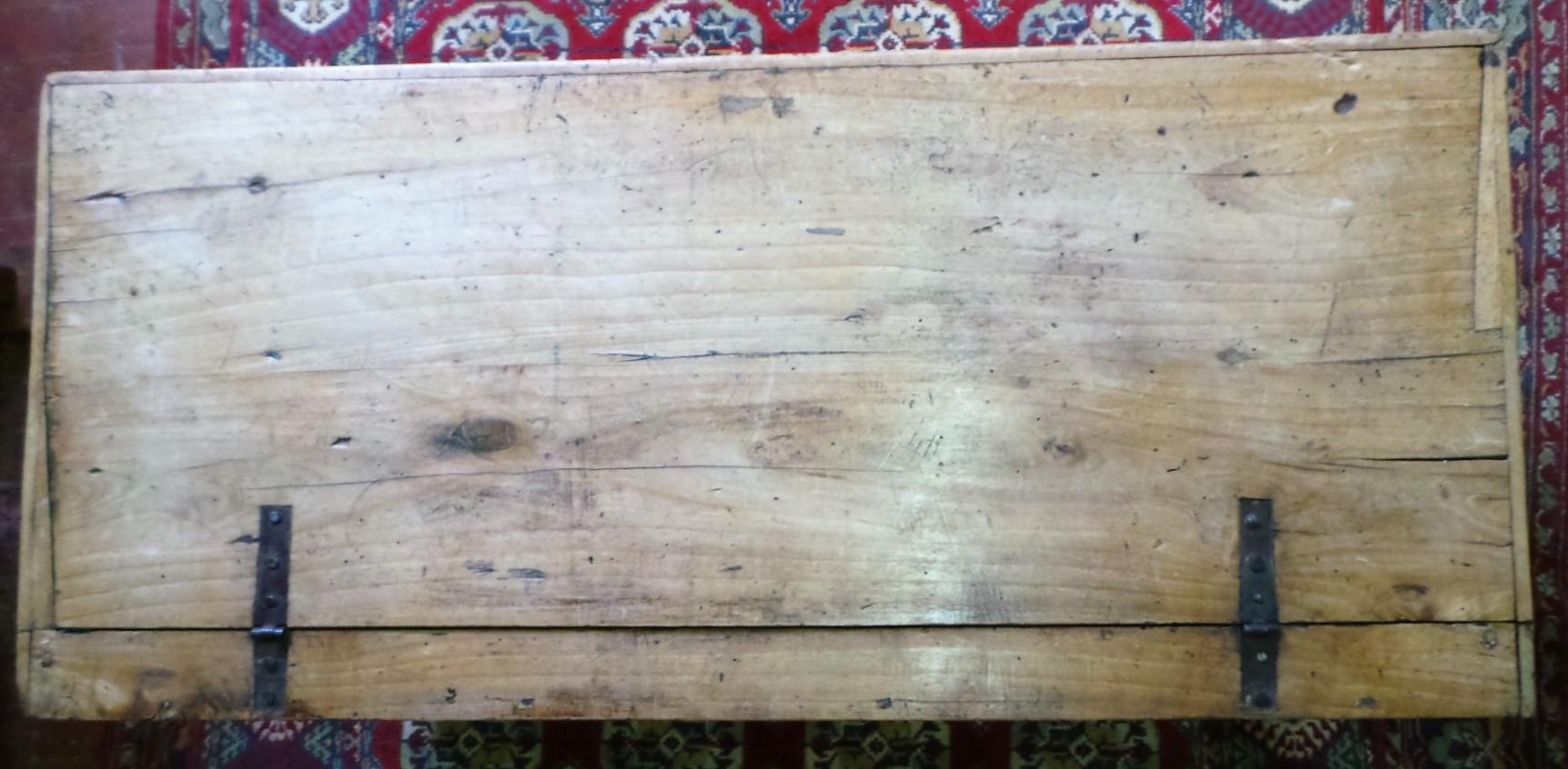Cassapanca antica legno gattice piano for Cassapanca antica